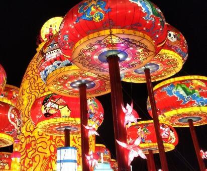 江西花灯订做厂商有一个成功的元宵节秘诀: